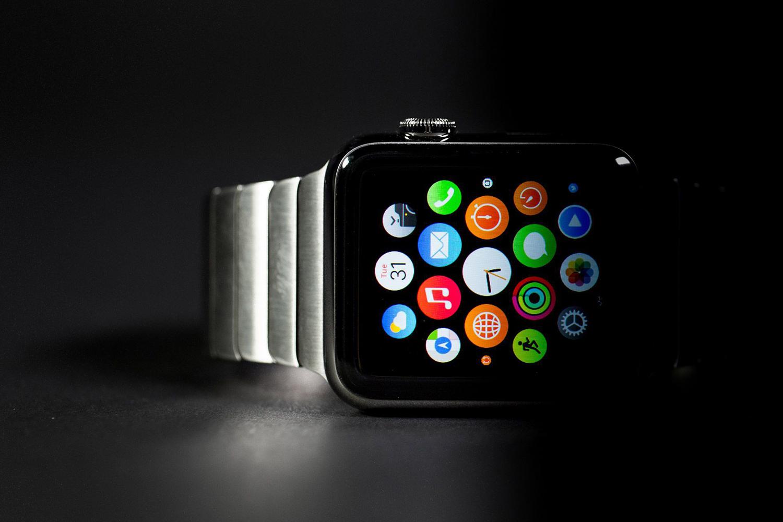 Smartwatch-vibes-Apple-watch
