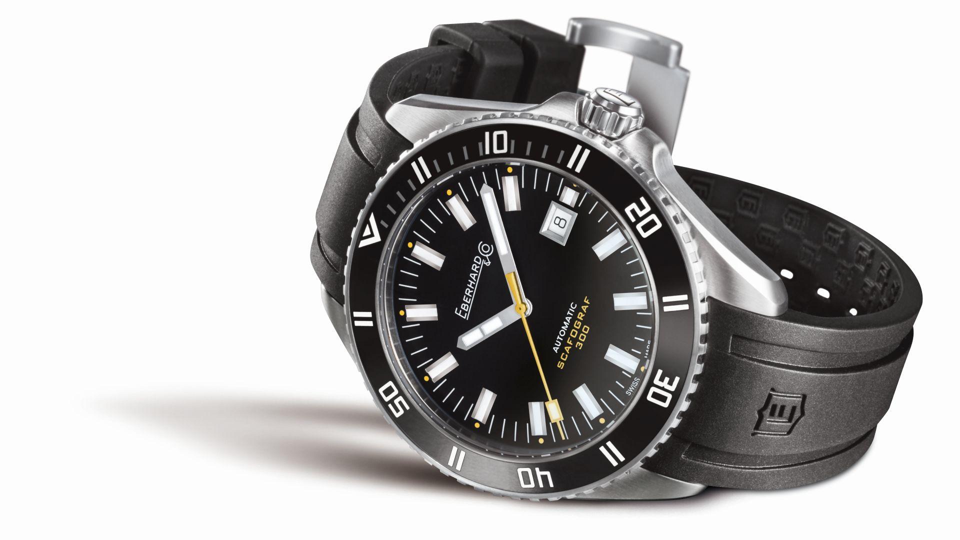 eberhard-co-scafograf-300-automatic-diver-yellow