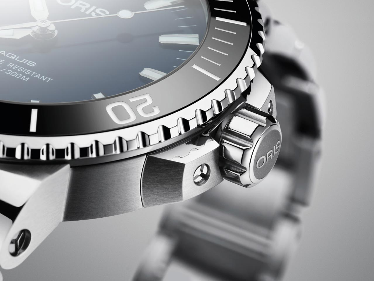 the-new-oris-aquis-date-the-next-generation-05
