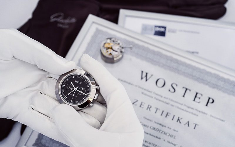 glashuette-original-congratulates-23-superbly-educated-watch-experts-to-their-graduation-2017
