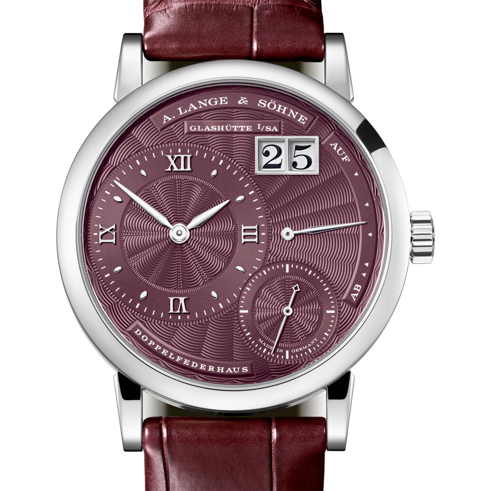 Among a lot of new gents watches, A.Lange & Söhne presented a very nice Little Lange 1 ladies watch