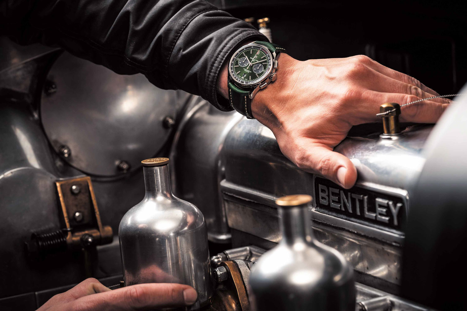 Breitling And Bentley Extend Highly Succesful Partnership